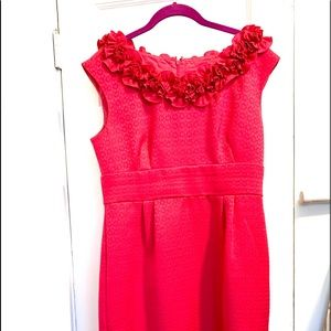 Pink Fitted Dress with Floral Collar Accent